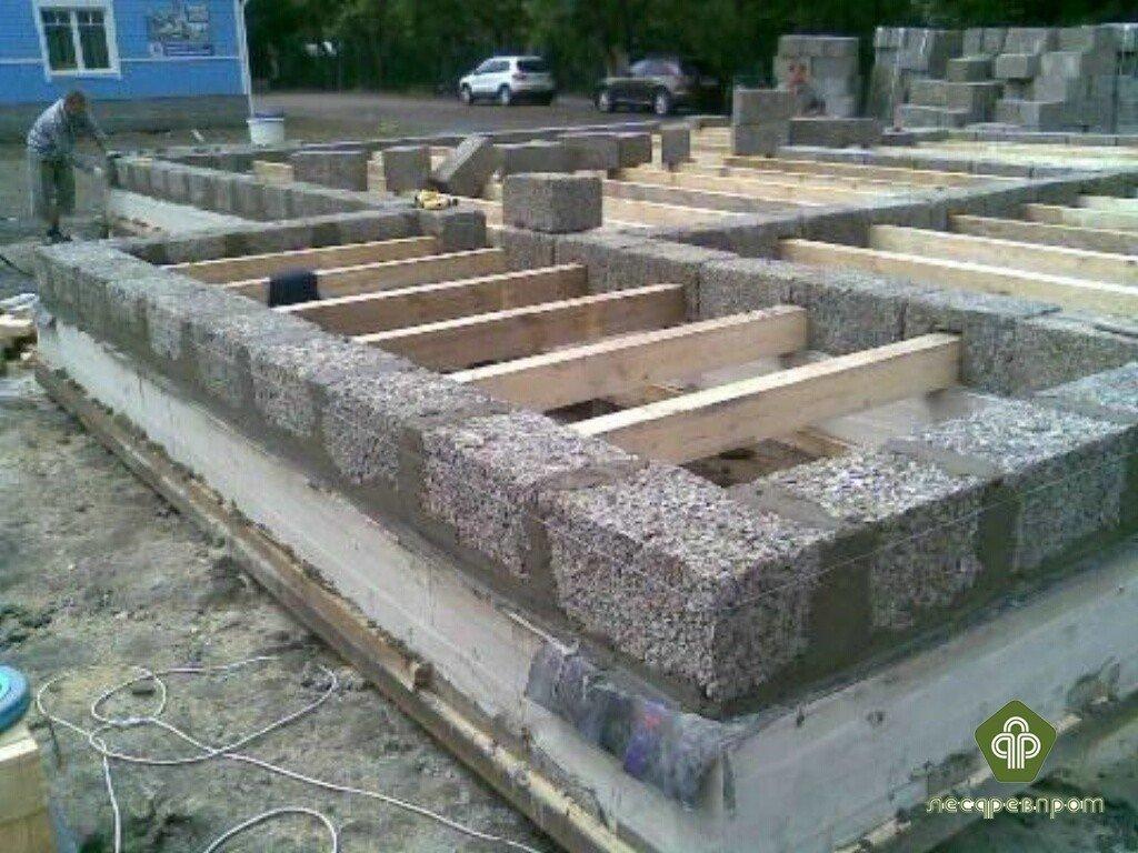 Как строить дом из арболитовых блоков своими руками